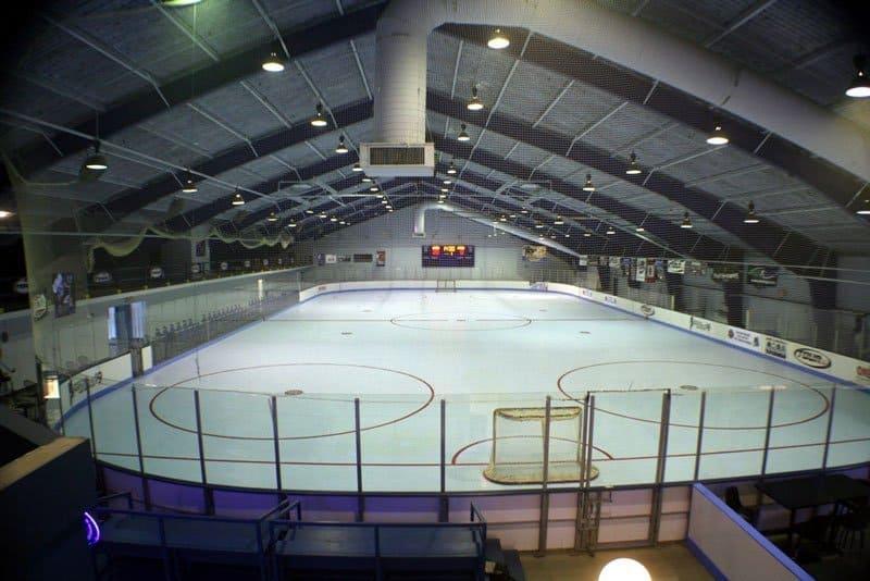 A shot of an empty indoor roller hockey rink